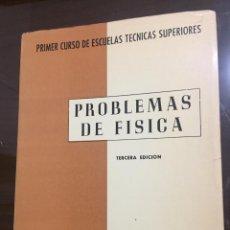 Libri di seconda mano: PROBLEMAS DE FISICA F BERNUES Y JAL. Lote 216444746