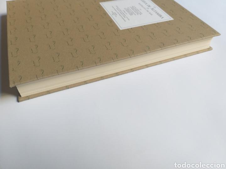 Libros de segunda mano: La cueva de Altamira en Santillana del Mar por el abate Enrique Breuil . Edición 1984 Cantabria - Foto 8 - 217875805