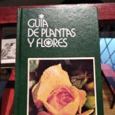 Livros em segunda mão: GUIA DE PLANTAS Y FLORES-FRANCESCO BIANCHINI-GRIJALBO-1990-MUY BUEN ESTADO. Lote 218835552