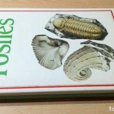 Libros de segunda mano: FOSILES - SUSAETA - RUDOLF PROKOP Y WLADIMIR KRB W205. Lote 219888455