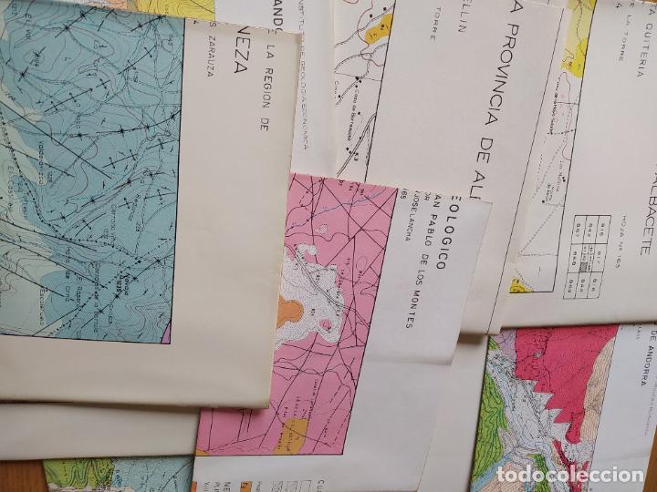 Libros de segunda mano: Caja con 11 planos geologicos de - Foto 2 - 239385030