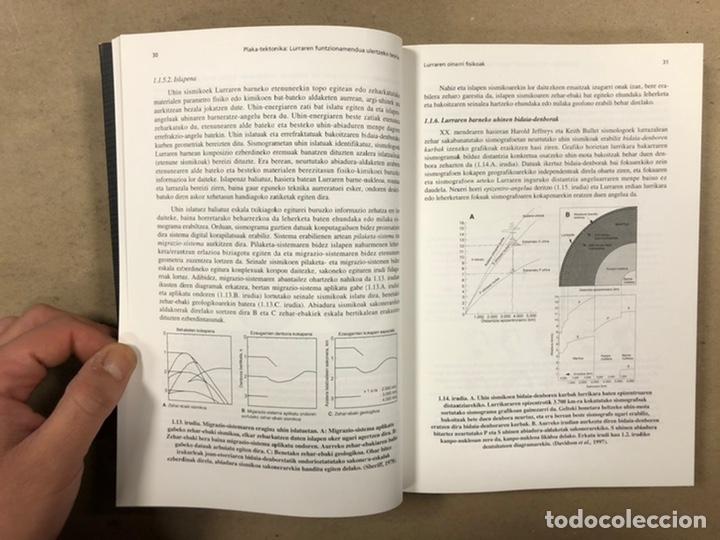 Libros de segunda mano: PLAKA TEKTONIKA: LURRAREN FUNTZIONAMENDUA ULERTZEKO TEORIA. ARTURO APRAIZ ATUTXA - Foto 6 - 247552635