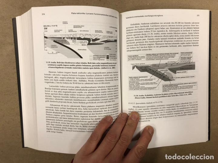 Libros de segunda mano: PLAKA TEKTONIKA: LURRAREN FUNTZIONAMENDUA ULERTZEKO TEORIA. ARTURO APRAIZ ATUTXA - Foto 13 - 247552635