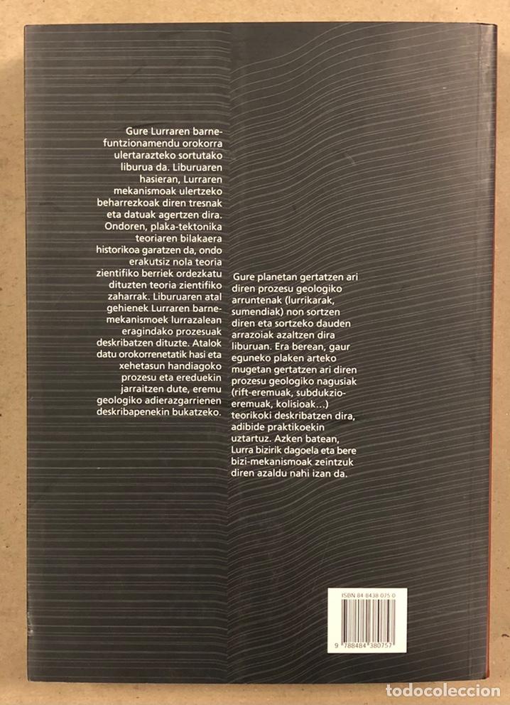 Libros de segunda mano: PLAKA TEKTONIKA: LURRAREN FUNTZIONAMENDUA ULERTZEKO TEORIA. ARTURO APRAIZ ATUTXA - Foto 14 - 247552635