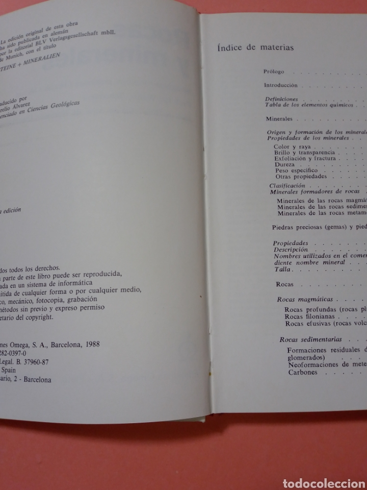 Libros de segunda mano: 1988 ROCAS Y MINERALES, WALTER SCHUMANN, MAS DE 399 FOTOS COLOR, ED. OMEGA, TAPA DURA - Foto 2 - 247568010