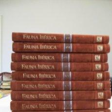 Libros de segunda mano: FÉLIX RODRÍGUEZ DE LA FUENTE FAUNA IBÉRICA EL HOMBRE Y LA TIERRA (10 TOMOS) W7293. Lote 266125398