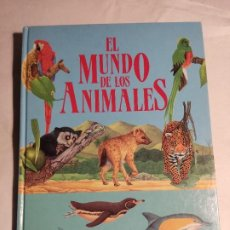 Libros de segunda mano: EL MUNDO DE LOS ANIMALES SUSAETA MARK CARWARDINE. Lote 277102808