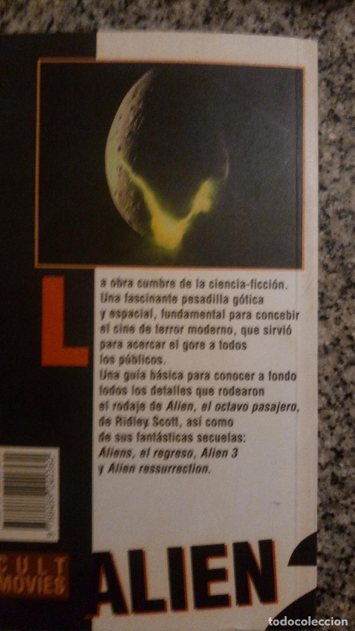 Libros de segunda mano: ALLIEN (Terror en el espacio) por Jorge Riera - CULT MOVIES - MIDONS EDITORIAL - 1997 - RARO! - Foto 4 - 81047864