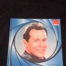 Libros de segunda mano: BRUCE WILLIS (ED. ROYAL BOOKS, 1995). Lote 90429029
