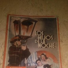Libros de segunda mano: LOS HIJOS DE LA NOCHE, ESTRELLITA CASTRO Y MIGUEL LIGERO, MIRAR FOTOS.. Lote 107530359