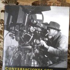 Libros de segunda mano: CONVERSACIONES CON BILLY WILDER, POR CAMERON CROWE. TAPA DURA Y SOBRECUBIERTA. EXCELENTE ESTADO.. Lote 111116851