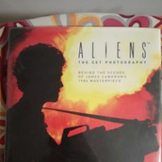 Libros de segunda mano: ALIENS:THE SET PHOTOGRAPHY «MAKING OF». Lote 179212293