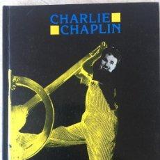 Libros de segunda mano: CHARLIE CHAPLIN. CAHIERS DU CINEMA.(EN FRANCÉS). Lote 118643375