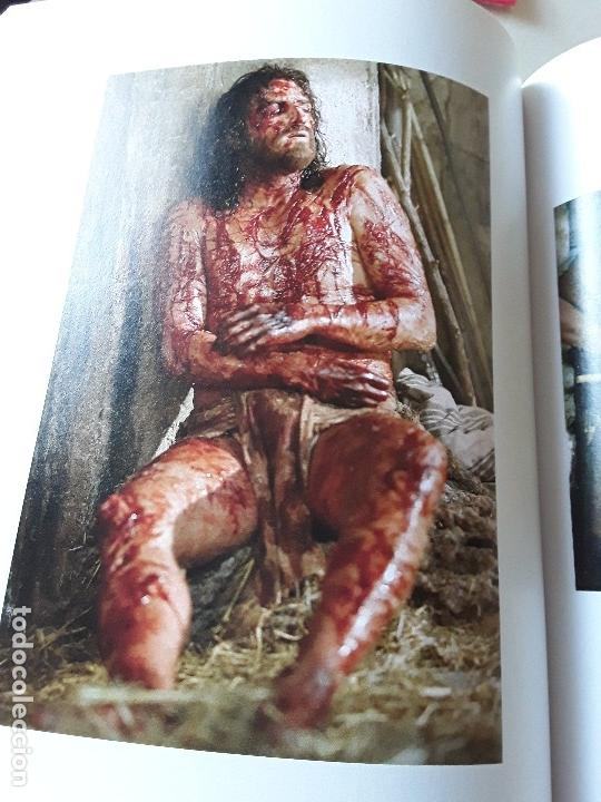 Libros de segunda mano: La Pasion. Fotografías tomadas durante el rodaje de la película de Mel Gibson. Excelente estado. Ra - Foto 5 - 152932794