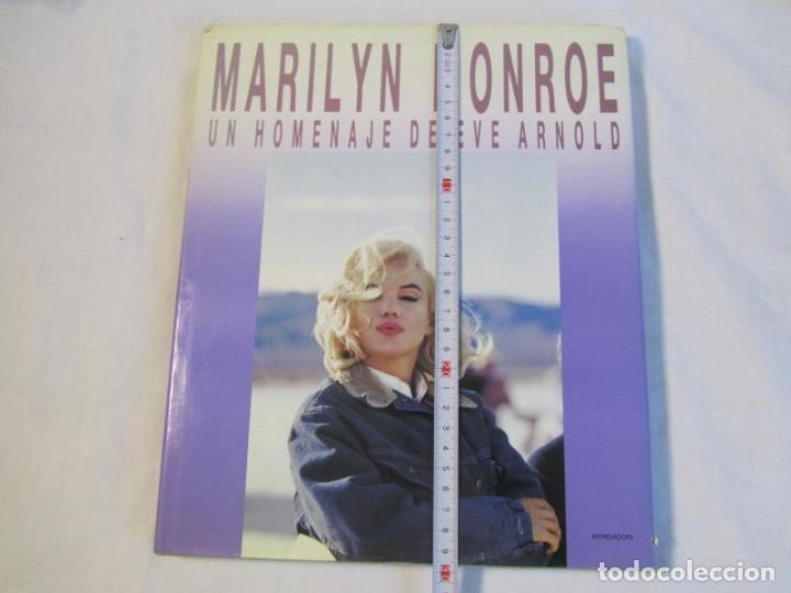 Libros de segunda mano: Marilyn Monroe, Un homenaje de Eve Arnold, Mondadori 1987 - Foto 4 - 166321874