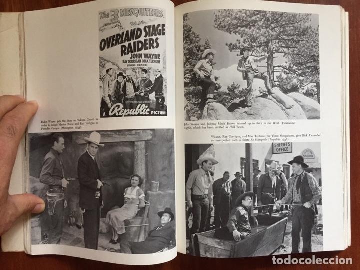 Libros de segunda mano: THE THRILL OF IT ALL HISTORIA DEL WESTERN SERIE B - Foto 2 - 178874366