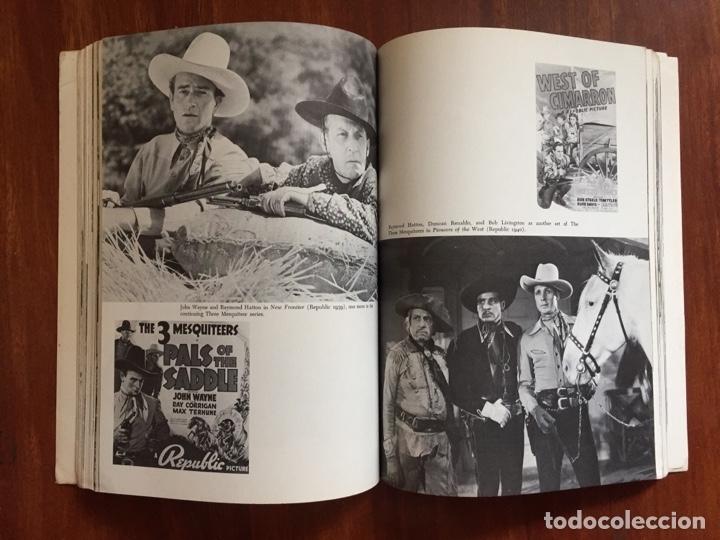 Libros de segunda mano: THE THRILL OF IT ALL HISTORIA DEL WESTERN SERIE B - Foto 5 - 178874366