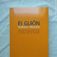 Libros de segunda mano: EL GUIÓN - ROBERT MCKEE. CINE. ALBA EDITORIAL, MINUS. 1ª EDICIÓN, 2009. Lote 181545656