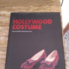 Libros de segunda mano: HOLLYWOOD COSTUME - DEBORAH NADOOLMAN LANDIS. Lote 194924702