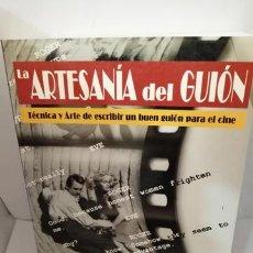 Libros de segunda mano: LA ARTESANIA DEL GUION DE PABLO ALVORT. Lote 205516316