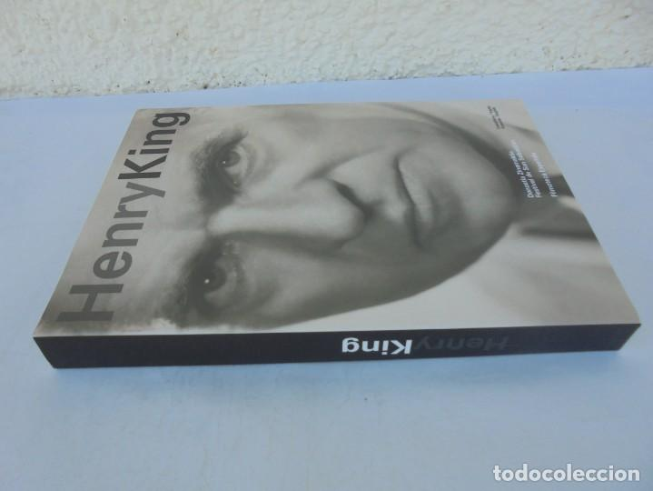 Libros de segunda mano: HENRY KING. EDICION BILINGÜE CASTELLANO/INGLES. FESTIVAL DE SAN SEBASTIAN. FILMOTECA ESPAÑOLA. 2007 - Foto 2 - 207211020