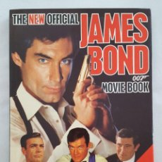 Libros de segunda mano: LIBRO / THE NEW OFFICIAL JAMES BOND 007 MOVIE BOOK / HAMLYN. Lote 207896776