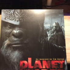 Libros de segunda mano: PLANET OF THE APES RE-IMAGINED BY TIM BURTON (EL PLANETA DE LOS SIMIOS). Lote 195924125