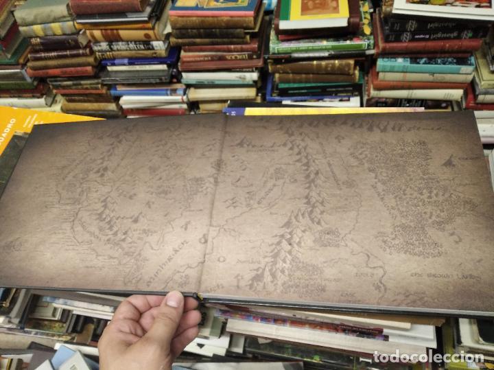 Libros de segunda mano: COLECCIÓN COMPLETA EL HOBBIT . CRÓNICAS . 6 TOMOS + MAPS OF TOLKIENS + EL MUNDO DE TOLKIEN - Foto 7 - 210151335