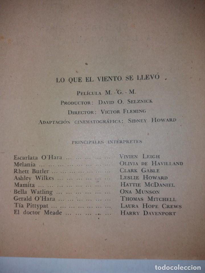 Libros de segunda mano: LEGENDARIA LO QUE EL VIENTO SE LLEVO 32 LAMINAS METRO GOLDWYNG MAYER MAS DE 70 AÑOS - Foto 40 - 212072450