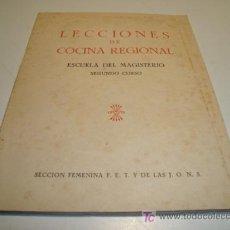 Libros de segunda mano: LECCIONES DE COCINA REGIONAL. ESCUELA DEL MAGISTERIO. SEGUNDO CURSO. (1964) VER INDICE EN FOTOS. Lote 21128566