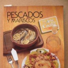 Libros de segunda mano: PESCADOS Y MARISCOS, EL ARTE DE LA COCÍNA, (VER FOTOS). Lote 25602422
