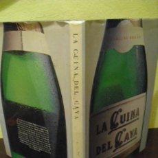 Libros de segunda mano: LA CUINA DEL CAVA PER GEORGINA REGÀS - BARCELONA, 1985-86. Lote 50051810