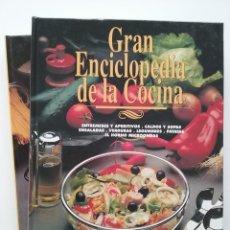 Libros de segunda mano: GRAN ENCICLOPEDIA DE LA COCINA - TOMOS 1 Y 2 - EDITA ABC. Lote 55017723