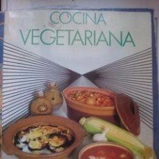 Libros de segunda mano: COCINA VEGETARIANA -- -- REFM1E1. Lote 58250096