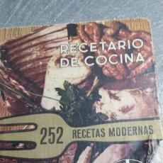 Libros de segunda mano: LIBRO RECETARIO DE COCINA AÑO 1969 DE ODAG. Lote 74101782