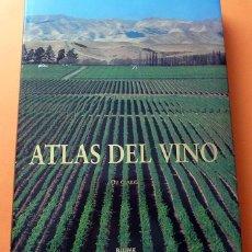 Libros de segunda mano: ATLAS DEL VINO: VINOS Y REGIONES VINÍCOLAS DEL MUNDO - OZ CLARKE - BLUME - 1996 (1ª EDICIÓN) - NUEVO. Lote 75231787