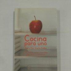 Libros de segunda mano: COCINA PARA UNO. 270 RECETAS SANAS Y DIVERTIDAS... - MARTÍN GALILEA, MARIA PILAR. TDK311. Lote 94165385