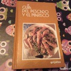 Libros de segunda mano: ESPECTACULAR TOMO GUIA DEL PESCADOS Y EL MARISCO MORENO CECCINI 1ª EDICION 1995. Lote 127959823