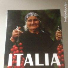 Libros de segunda mano: ITALIA - RECETAS Y COSTUMBRES DE SUS REGIONES - ANTONIO CARLUCCIO - EDITORIAL BLUME 2005. Lote 143544758