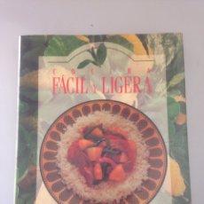 Libros de segunda mano: COCINA FÁCIL Y LIGERA. Lote 148107556
