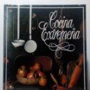 Libros de segunda mano: LIBRO DE COCINA EXTREMEÑA -SUSAETA EDICIONES AÑO 1990-. Lote 149509446