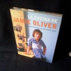 Second hand books - JAMIE OLIVER - LA COCINA DE JAMIE OLIVER, RECETAS FRESCAS DE UN JOVEN CHEF - RBA 2014 - 155392066