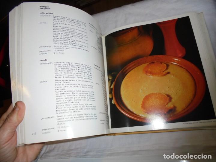 Libros de segunda mano: EL LIBRO DE COCINA.CARROGGIO EDICIONES.1983.PROLOGO DE NESTOR LUJAN - Foto 10 - 155860942