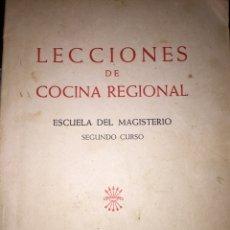 Libros de segunda mano - Lecciones de cocina regional // Escuela del magisterio // Segundo curso // Sección Femenina FET JONS - 159152728