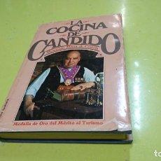 Libros de segunda mano: LA COCINA DE CÁNDIDO, MESONERO MAYOR DE CASTILLA . Lote 159274194