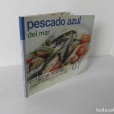 Libros de segunda mano: COCINA SANA PARA EL CUERPO Y LA MENTE Nº 7 (PESCADO AZUL DEL MAR) BBVA 2006. Lote 167094836