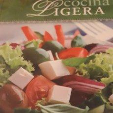 Libros de segunda mano: COCINA LIGERA GLORIA SANJUÁN. Lote 171774465