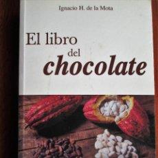 Libros de segunda mano: EL LIBRO DEL CHOCOLATE. Lote 172050390