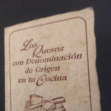 Libros de segunda mano: MINI LIBRO LOS QUESOS CON DENOMINACIÓN DE ORIGEN EN TU COCINA, RAREZA. Lote 174177130