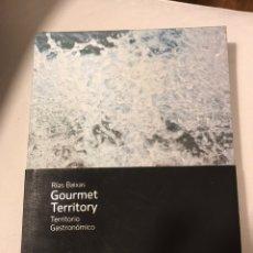Libros de segunda mano: RÍAS BAIXAS GOURMET TERRITORY TERRITORIO GASTRONÓMICO. Lote 187532382